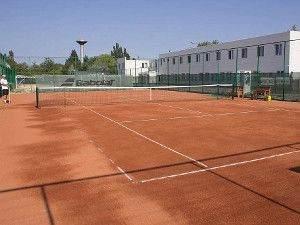Пападеморе тенісний корт
