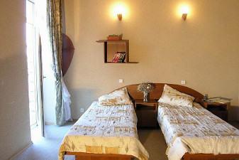 Відпочинок в Залізному Порту готелі