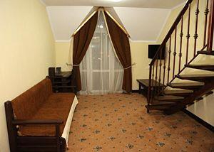 Відпочинок у Яремче влітку, готель «Рубель»