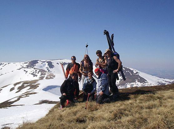 Де покататися на лижах в Карпатах