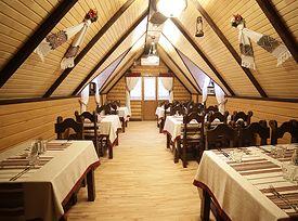 Поляна готель