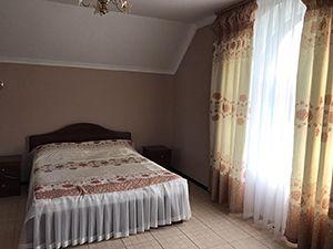 Недорогий готель біля Києва