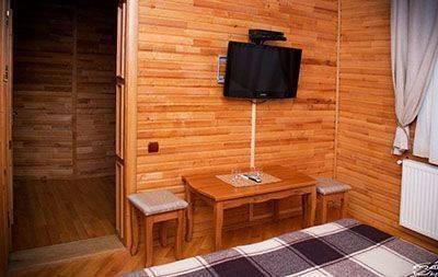 Недорогий відпочинок у Карпатах круглай рік, готель «У Довбуша»