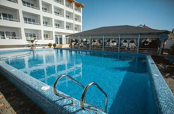Вілла Сантарини готель з басейном Затока