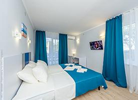 Перлина Прибою готель у Кирилівці