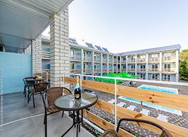 Кирилівка готель біля моря Перлина Прибою номери фото