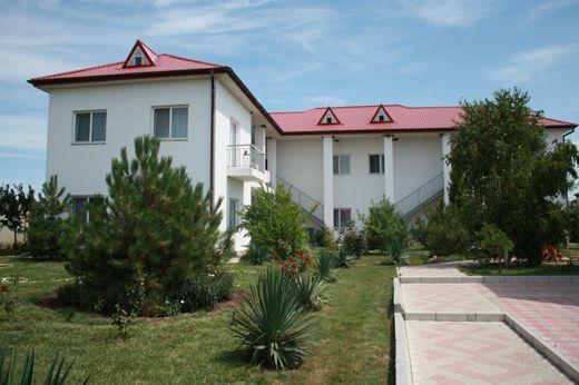 Пансіонат у Чорноморському