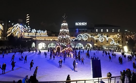 Київ зимове містечко «Рошен»