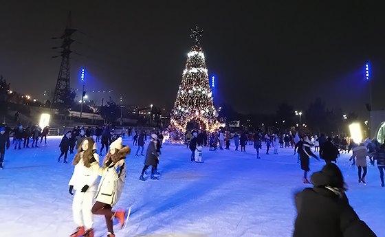 ковзанка Roshen Winter Village Київ