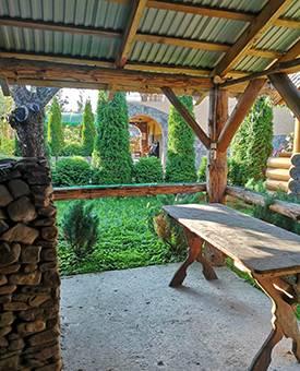 Карпати садиба Релакс фото двір