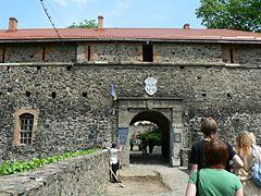 Ужгородский замок, вход