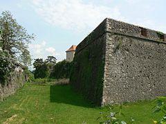 Ужгородский замок, стены