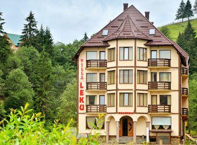 Готелі у Буковелі