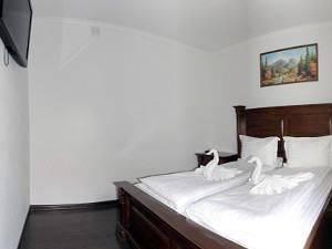 Отель в Яблунице